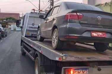 Polícia Militar recupera veículo de taxista vítima de assalto em Andradas