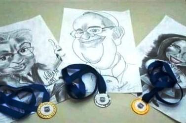 Projeto de caricatura envolve os detentos do presídio de Andradas