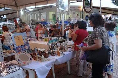 Acontece em Atibaia feira de Arte, Artesanato e Antiguidade