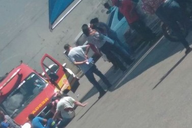 Homem é esfaqueado em estacionamento de mercado após briga em Atibaia