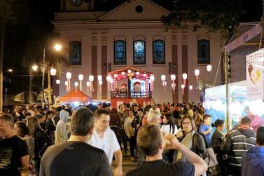 """A tradicional festa """"Bon Odori"""" acontece neste fim de semana em Atibaia"""
