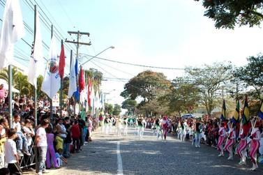 Tradicional Desfile Cívico acontece neste domingo em Atibaia