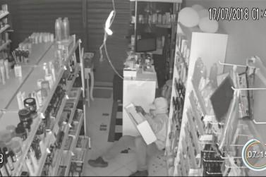 Criminosos fazem arrastão nos comércios de Atibaia