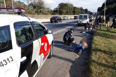 Dupla é presa por GGI após tentativa de roubo no bairro nova Atibaia