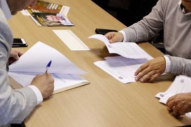 Prefeito de Atibaia assina convênio para 1ª fase de revitalização da Al. Lucas