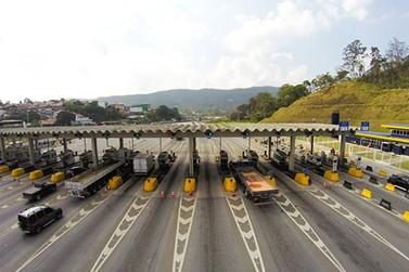 Mais de um milhão de veículos deverão passar pela Fernão Dias durante o feriado