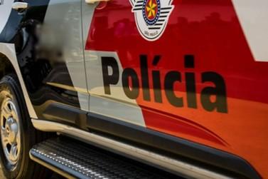 Quatro são presos após PM flagrar assalto a caminhão na Fernão Dias