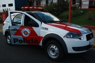 Polícia Militar prende homem, apreende adolescente e recupera moto roubada