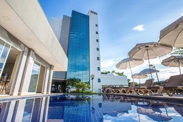 Alegro Hotel recebe famílias e turistas durante Show de João Bosco & Vinícius