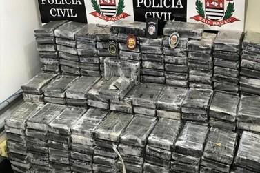 Polícia apreende R$ 25 milhões em cocaína em Atibaia