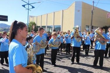 Desfile Cívico e Atrações Musicais encerram as Comemorações de Bom Jesus