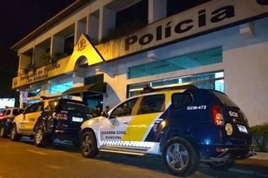 Homem é contido com balas de borracha após ameaças contra a mulher em Atibaia