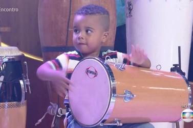 Evento em Atibaia traz muita música com fenômeno infantil: Renanzinho Batuqueiro