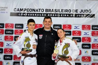 Judô atibaiense conquistou quatro títulos nacionais, 3 regionais e 12 medalhas