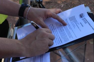 Prefeitura assina Ordens de Serviço para asfaltamento de 32 ruas em Atibaia