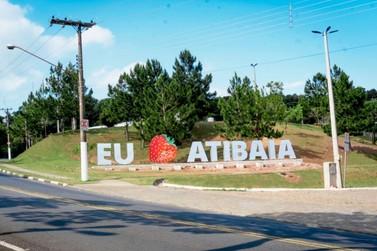 Atibaia ganha letreiro turístico com símbolo da cidade