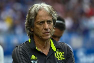 Jorge Jesus diz não se incomodar com declarações de técnicos brasileiros