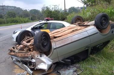 Motoristas ficam feridos após dois acidentes na rodovia em Bragança Paulista