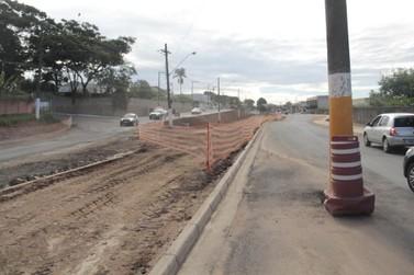 Prefeitura solicita urgência na retirada dos postes pela Elektro