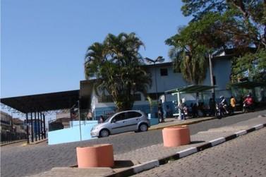 Obra na praça da rodoviária de Atibaia deve remover comerciantes do local