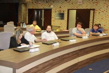 Comissão se reúne para tratar da reformulação do Regimento Interno
