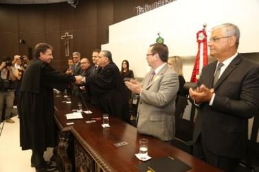 Governador participa da solenidade de posse da presidência do TRE
