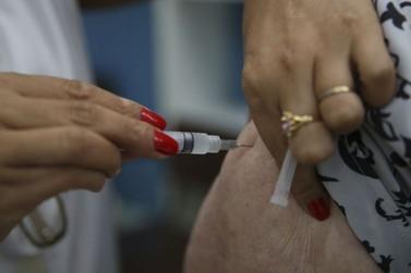 Campanha nacional de vacinação contra a gripe começa nesta segunda (23)