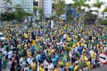 Movimentos convocam manifestações em Brusque para hoje