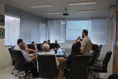 Prefeito e representantes discutem Plano de Mobilidade Urbana