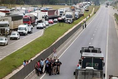 Justiça concede liminar que proíbe bloqueios nas rodovias de Santa Catarina