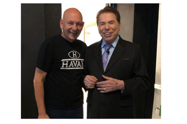 Luciano Hang visita Silvio Santos, nos estúdios do SBT