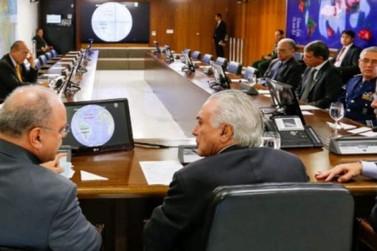 Temer e ministros se reúnem para avaliar desbloqueio de rodovias