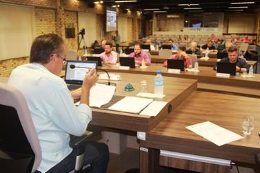 Vereadores aprovam criação do Programa Empresa Amiga da Escola