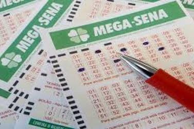 Mega-Sena acumula e pode pagar R$ 14 milhões na 4ª feira