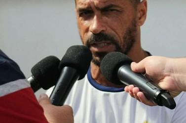 Bruscão renova contrato com técnico Pingo para Copa SC