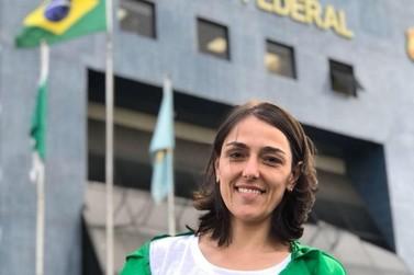 Brusquense Sabrina Avozani é candidata à deputada federal pelo partido Novo