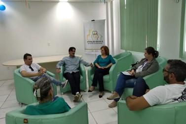 Cleiton Luiz se reúne com Humberto Fornari para discutir situações das UBS