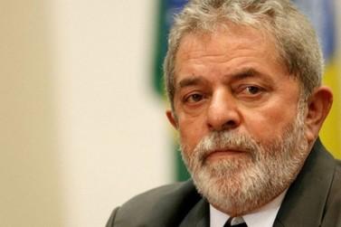 Desembargador do TRF-4 manda soltar ex-presidente Lula