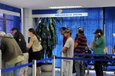 Governo deve cortar mais de R$ 5 bi de benefícios irregulares do INSS