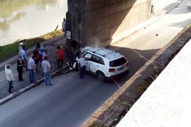Homem morre em grave acidente na avenida Bepe Roza