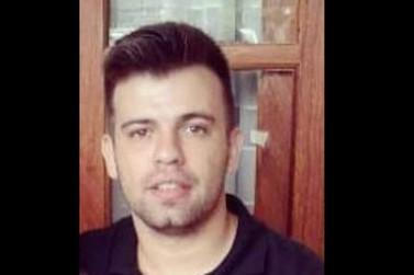 Jovem desaparecido reaparece em frente de sua casa desacordado