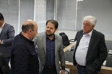 Secretário de Estado e Desenvolvimento Econômico Sustentável visita Prefeitura