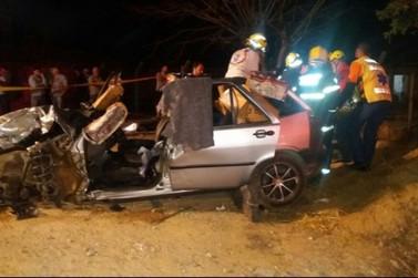 Dois adolescentes morrem em acidente na Ivo Silveira