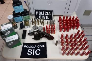 Um homem foi preso por porte ilegal de armas no bairro Cedro Alto