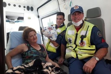 Bombeiros são acionados para auxiliar trabalho de parto, no Zantão