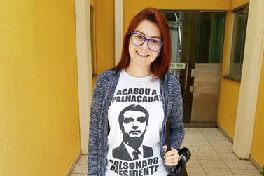 Deputada Estadual eleita pelo PSL pede que alunos denunciem professores
