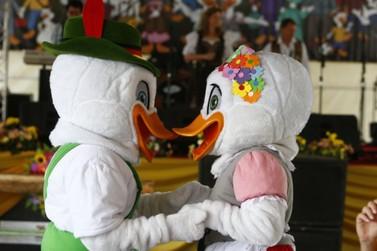 Desfile e abertura da Fenarreco é nesta quinta-feira (4)