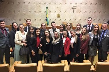 Estudantes de direito da Unifebe visitam Brasília