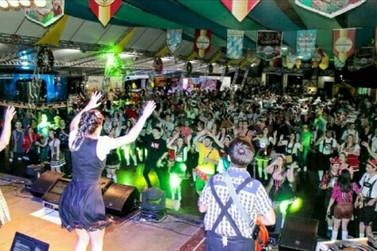 Feriadão em Brusque será marcado pela banda Os Montanari na 33ª Fenarreco