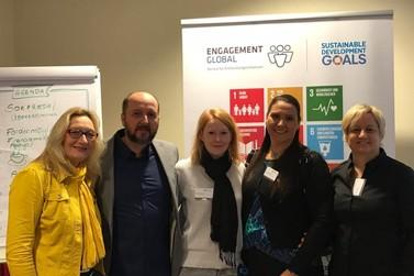 Instituições brusquenses participam de conferência internacional na Alemanha